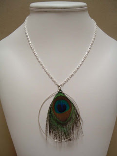 PaonNecklace2
