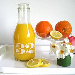 milk_bottle_32oz_square