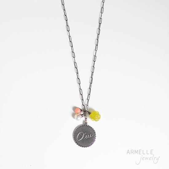 oui-silver-necklace