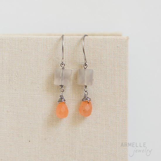 susie-earrings-peachgrey2