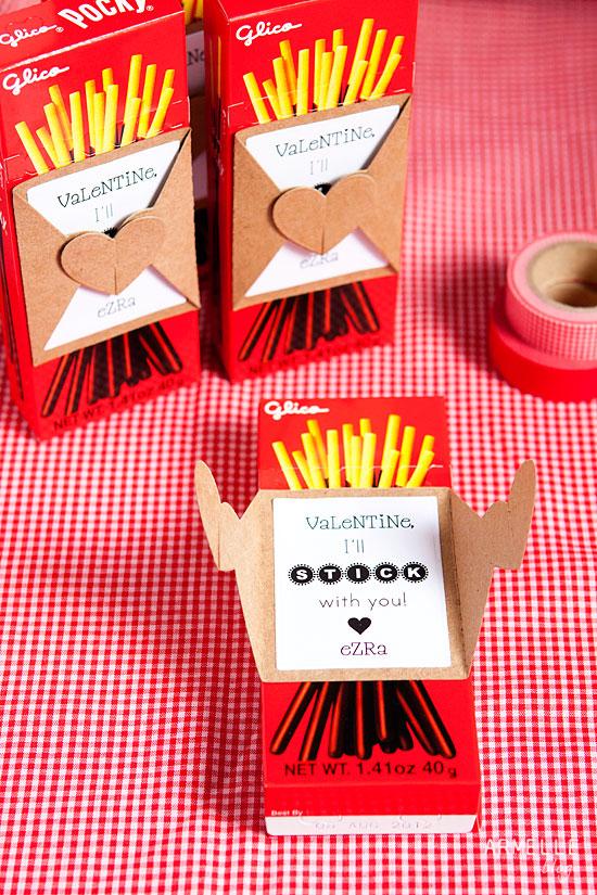 Free Class Valentine Printable // Pocky Stick Valentine // Armelle blog