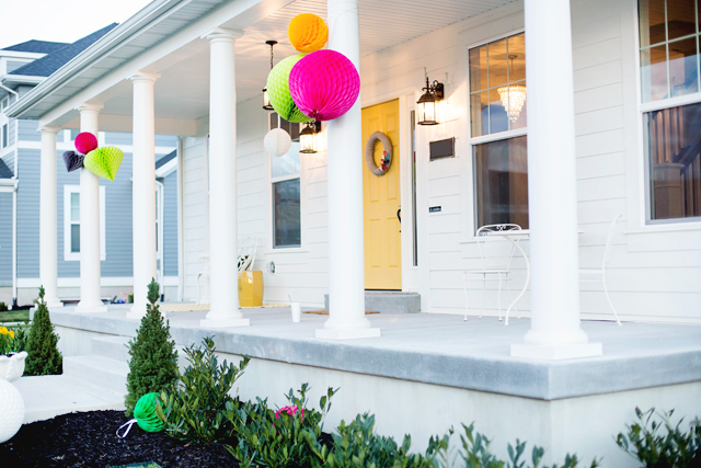 white house, wayfair, party, yellow door, black and white stripes, colonial landscaping
