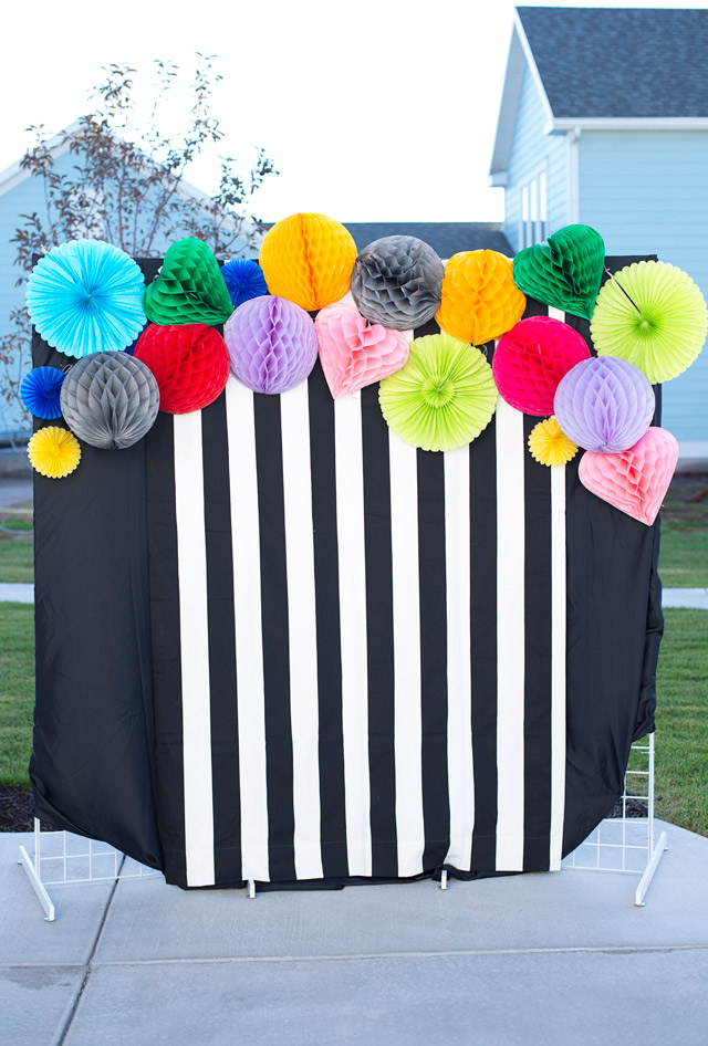 wayfair, party, black and white stripes, white exteriors, blogger party, bing, armelle party, backdrop, photo booth back drop