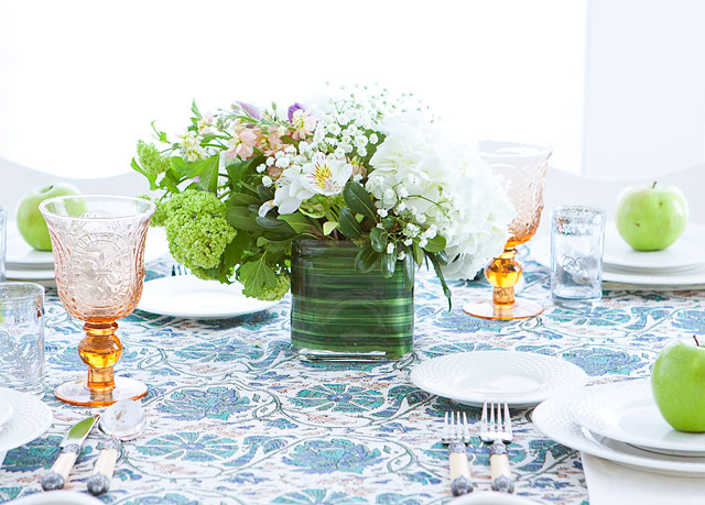 Florals Flowers How to Arrange Flowers Centerpieces