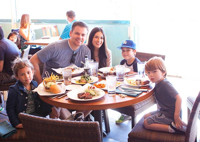 Sandy's Beach Grill Huntington Beach