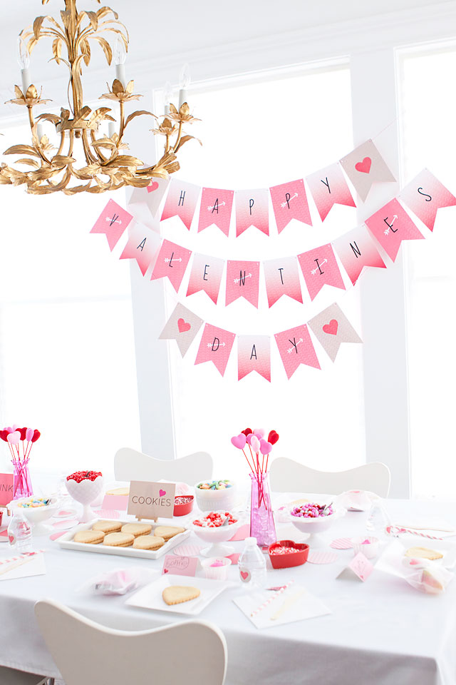 Valentine's Day Heart Sugar Cookie Decorating Party for little Girls via Armelle Blog