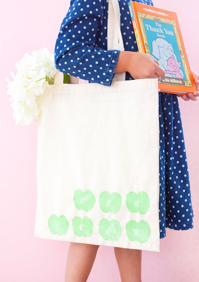 DIY Stamped Library Tote Teacher Gift