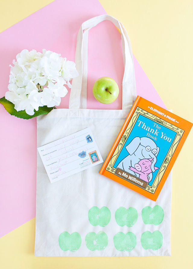 Mo Willems Thank You Book and DIY Stamped Library Tote
