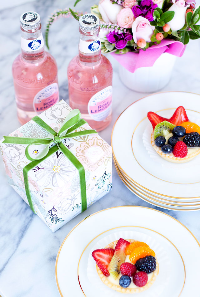 29-minted-mothers-day-gifts