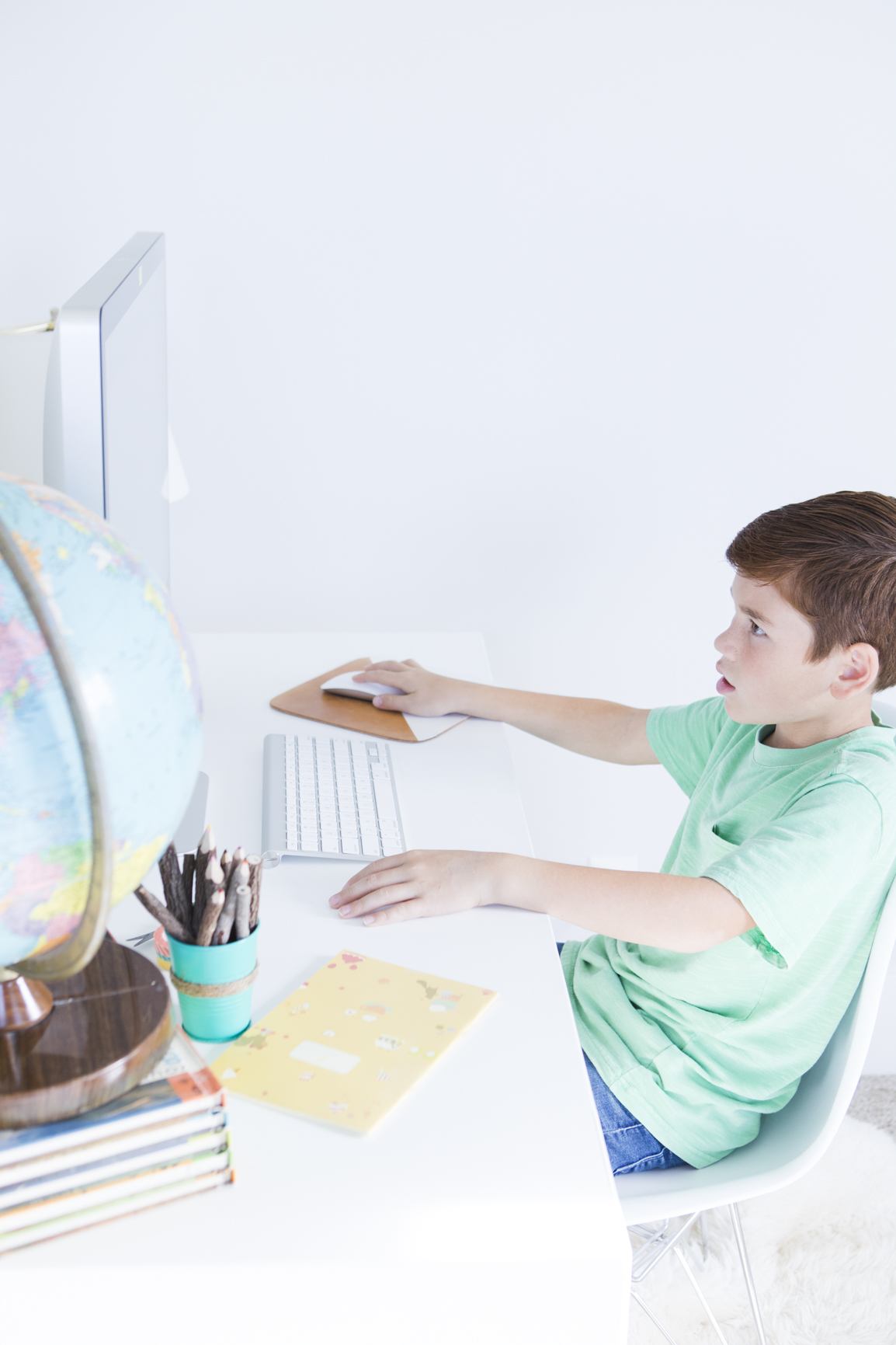Kids using the Computer Internet