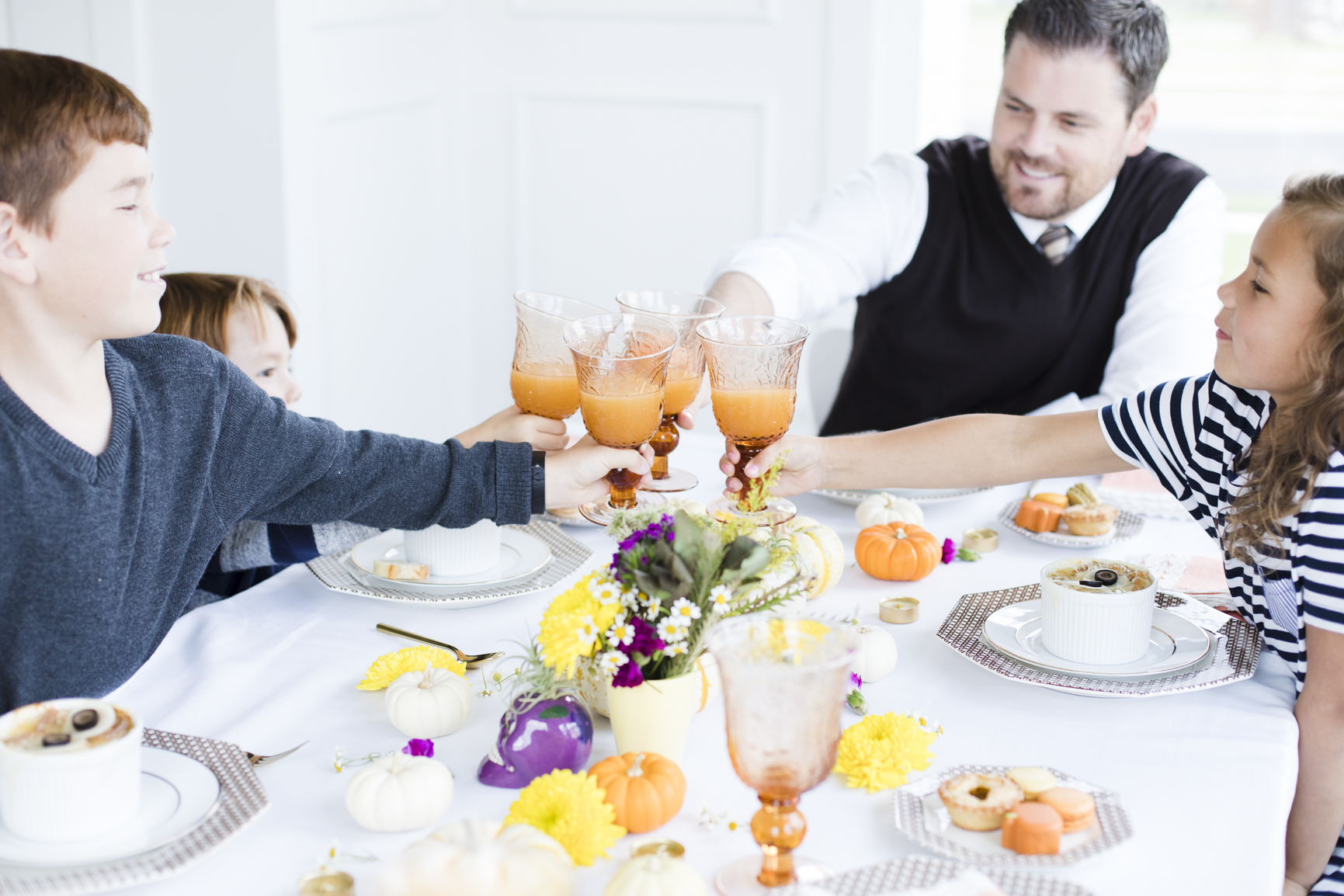 Family Cheers
