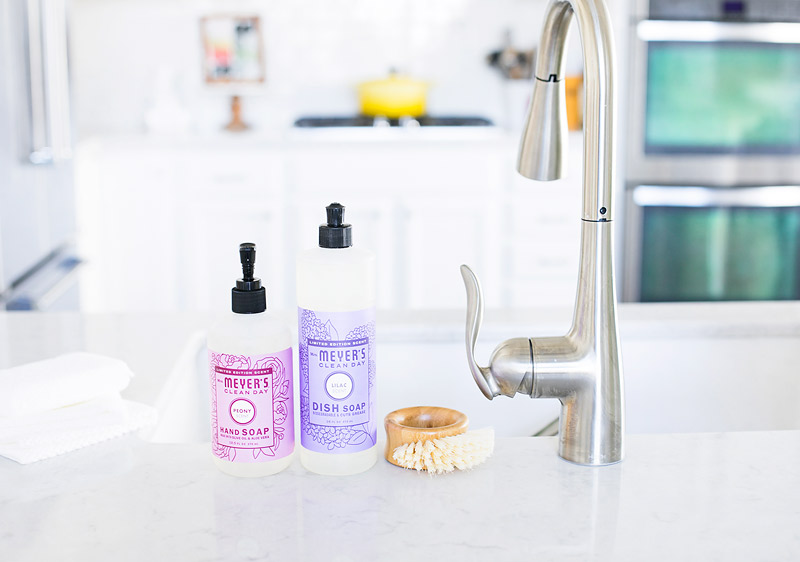 Mrs Meyers Clean Day Dish Soap in Lilac