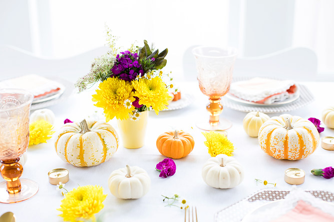 Thanksgiving Table Decor with a Pop of Color